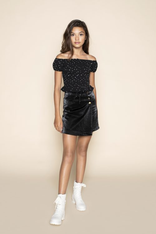 FL21144-Steffi Blouse-Black-FL21107-Sara Skirt-Black